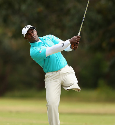 Dominican conquers the world playing Golf with an alone leg.